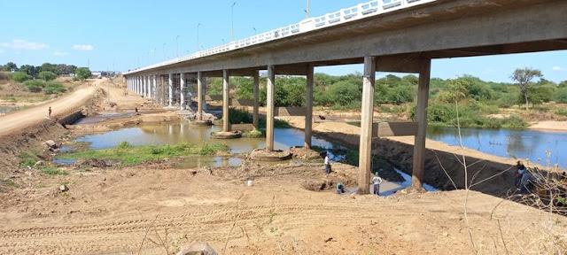 Governo da Paraíba restaura ponte no Rio Piranhas no Alto Sertão da Paraíba