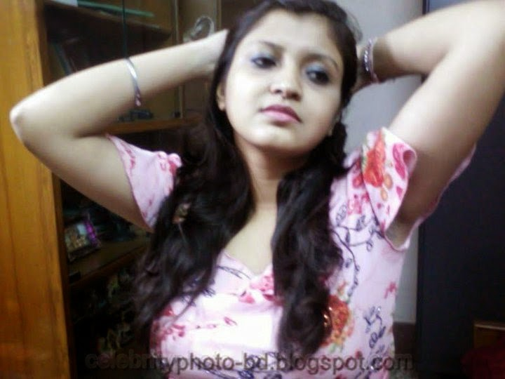 Young Hot Girls Photo and Women Picture Gallery From Rajshahi City, Bangladesh
