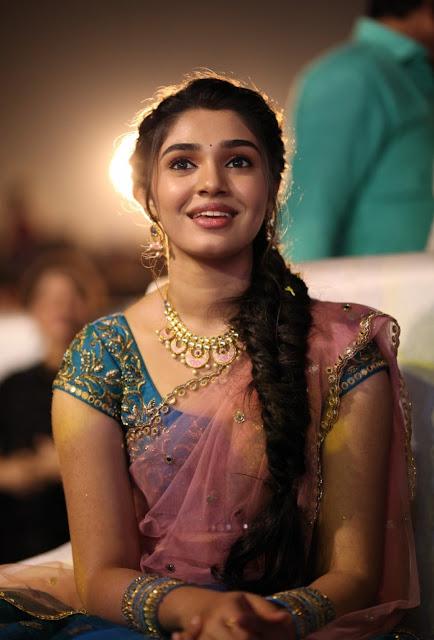 Telugu Actress Krithi Shetty