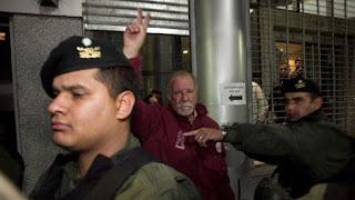 Omar Plaini, en la puerta del sindicato (DyN) Omar Plaini, en la puerta del sindicato (DyN)