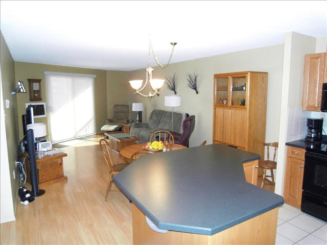 Winnipeg Blogger 407 1720 Pembina Highway Fort Garry Winnipeg Manitoba Fabulous Condo With