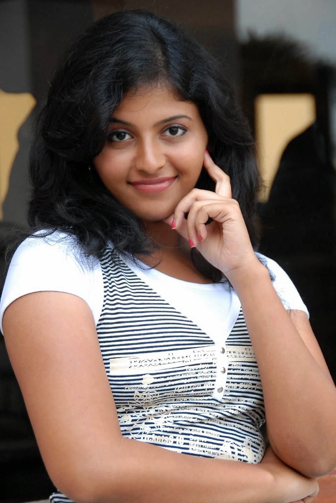 Movie Hub Anjali Hot Photos And Images-6958