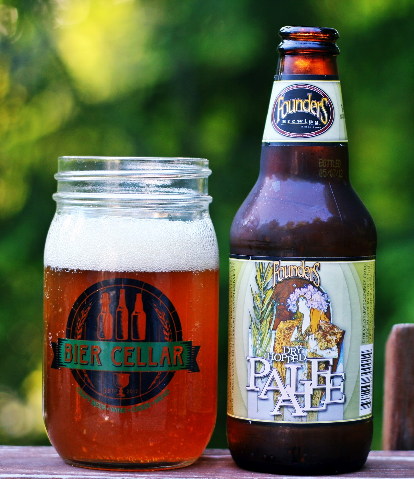 261  Founders Dry Hopped Pale Ale | Insurance Guy Beer Blog