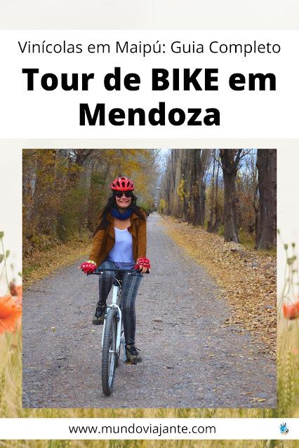 mulher de 20 anos andando de bicicleta em uma regiao de vinhedos
