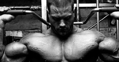Stretch marks and the bodybuilder  By Vic Goyaram