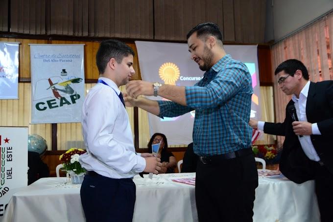Premian a jóvenes escritores del Alto Paraná