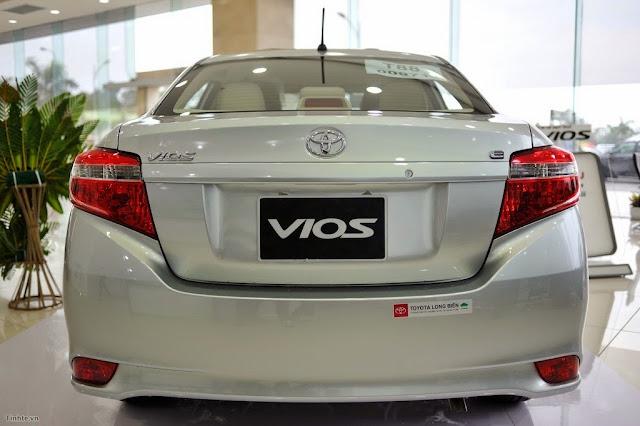 """2451759  DSC0175 -  - Toyota Vios 2014 và Kia Rio 2015 sedan : Nên """"Chọn mặt gửi vàng"""" xe nào ?"""