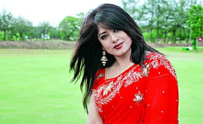 Actress Mousumi Best Photos & Short Biography 20