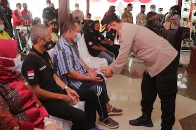 Peringati HUT Bhayangkara dan Dokkes Polri ke 75, Pusdokkes Polri Gelar Bhakti Kesehatan di Wilayah Jatim