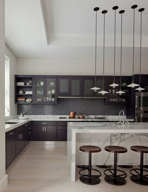 Convenient Ready-Made Kitchens for an Easy Home Renovation