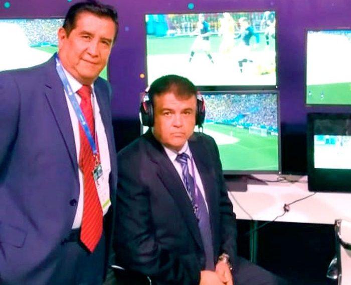 A la izquierda aparece el presidente de la FBF, César Salinas, junto al ex director ejecutivo de la organización Freddy Téllez / EL DIARIO