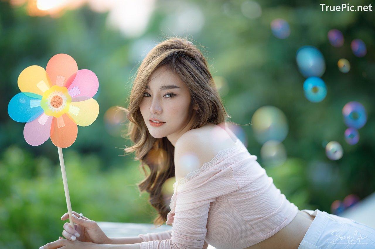 Image Thailand Model - Jarunan Tavepanya - Pink Croptop and White Short Pants - TruePic.net - Picture-2