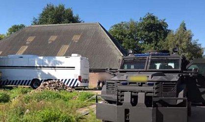 Az eddigi legnagyobb kokainlaboratóriumot számolták fel Hollandiában