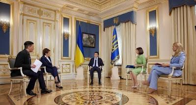 Зеленский дал интервью 4 украинским телеканалам