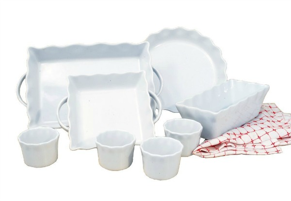 8 piece baking set in white