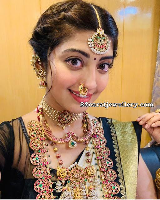 Pranitha Temple Jewellery