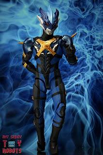 S.H. Figuarts Ultraman Tregear 02