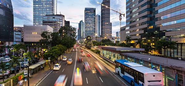 Mulai Senin Pembatasan Transportasi Umum Akan Dilakukan Untuk Transjakarta, MRT, LRT dan KRL