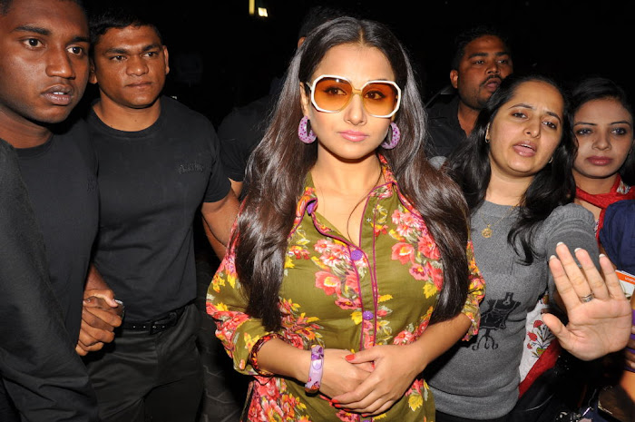 vidya balan new cream stone ice cream launch
