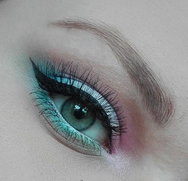 Ethernal makeup look - pastele w roli głównej