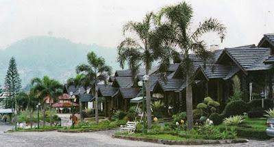 """villa di kawasan puncak"""""""