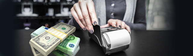 信用卡刷現,自己刷還是業者刷,端看自己需求