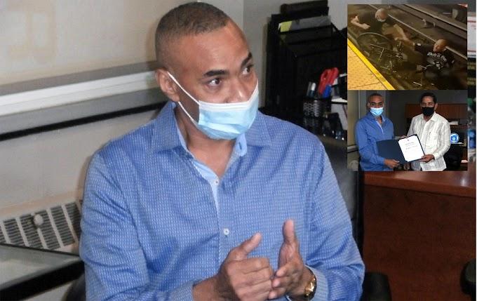 """VIDEO: """"Nadie hacía nada y solamente estaban grabando"""" relata dominicano que salvó hombre de ser aplastado por un tren en Manhattan"""
