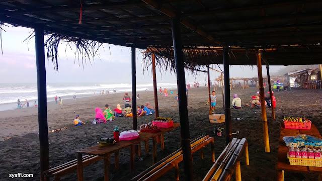 Pantai Laguna Lembupurwo Mirit Kebumen