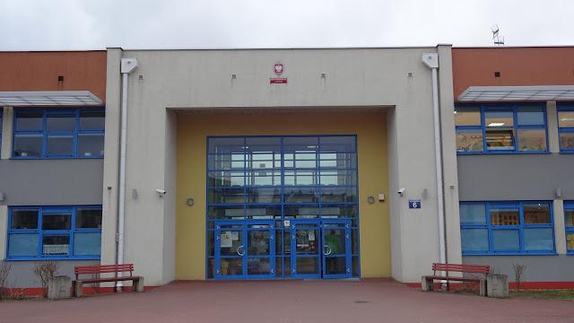 Rejonizacja szkół w Gdańsku - Im dalej do szkoły tym lepiej! - Czytaj więcej »