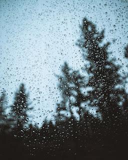 Hujan di bulan desember, rain, gloomy rain, hujan