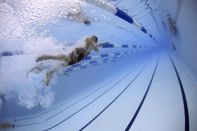 Swimming exercise for burning calories
