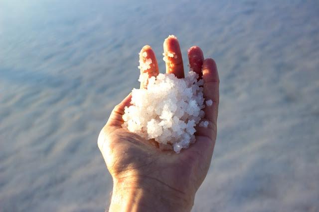 Manfaat Luar Biasa dari Garam Laut Mati