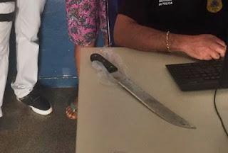 Polícia prende mulher que matou a mãe