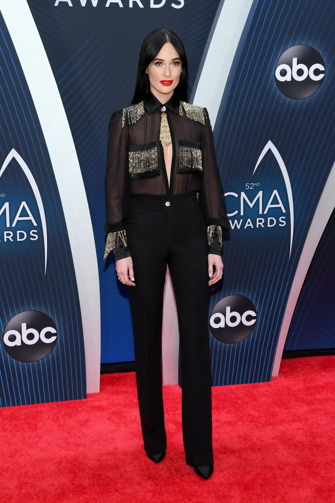 Kacey Musgraves wins album of the year at the 2018 CMAs