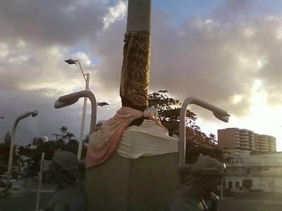 Estátuas em trapos, mais um problema antigo do Rio Vermelho