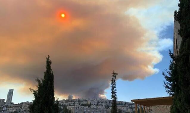 Judeus messiânicos relatam proteção de Deus em incêndio em Jerusalém: 'Oramos o Salmo 91'