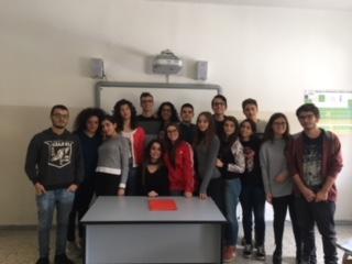 """"""" Il Berretto a sonagli"""" di L- Pirandello: una collaborazione tra Teatro Associazione AMA Calabria e Liceo Galilei Lamezia"""