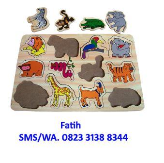 mainan puzzle zoo