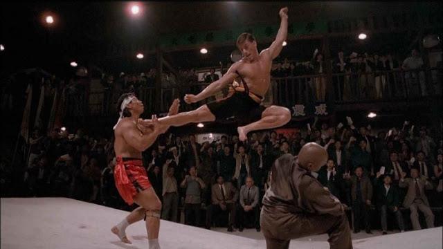 Jean Claude Van Damme da lecciones a peleadores de UFC