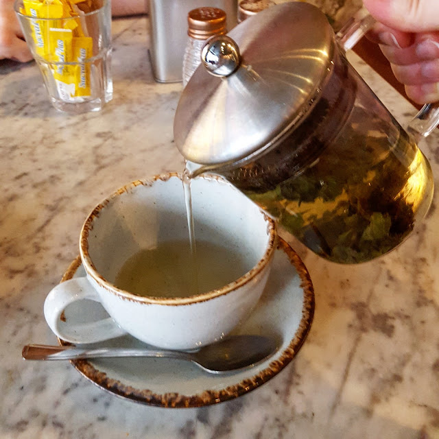 Leaf Liverpool loose leaf tea