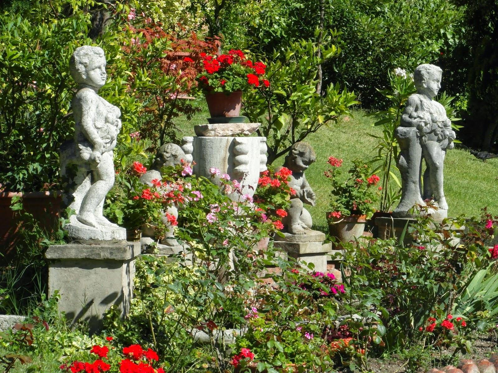 The garden of the Ca' Zenobio in Venice.