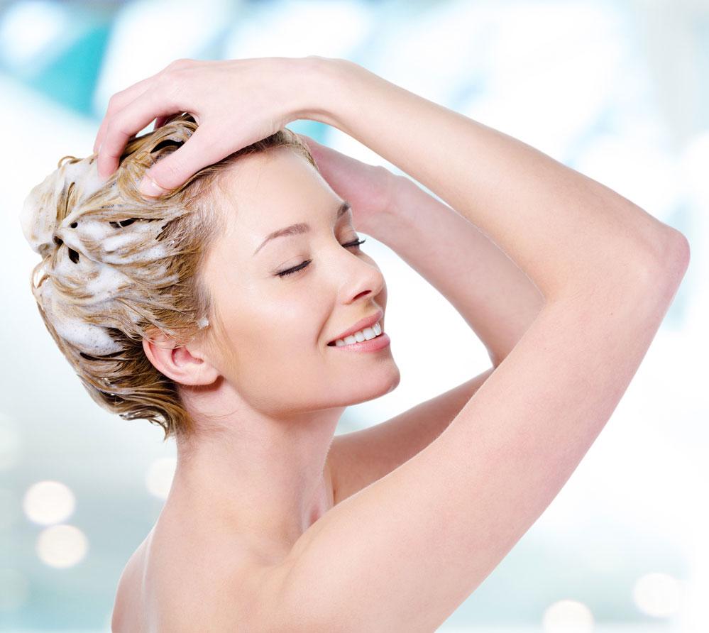 Cách gội đầu bảo vệ tóc và da đầu