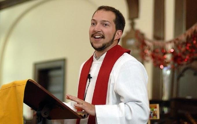 Mulher muda de sexo, vira pastor e assume a liderança de igreja