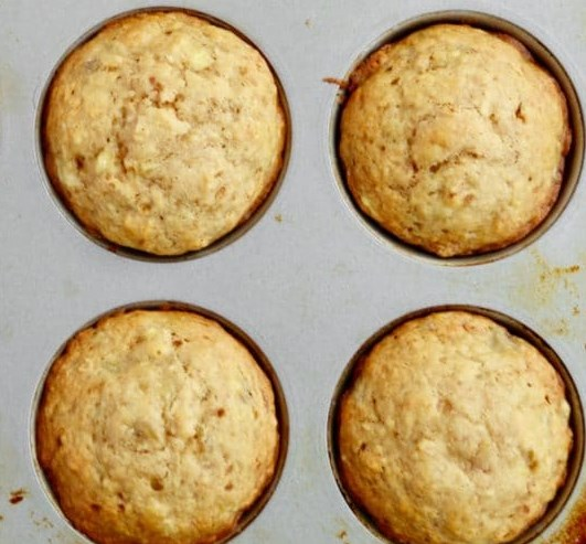 BANANA MUFFINS WITH NO REFINED SUGAR FOR EVERYDAY #healthy #breakfast