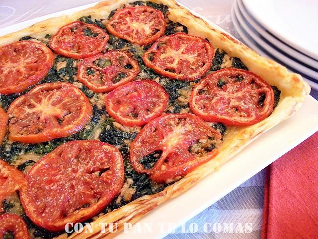 receta-de-hojaldre-de-espinacas-y-atun-con-tomates