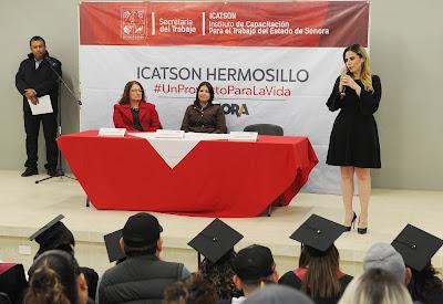 Se gradúan alumnas de Icatson en Curso de Atención Integral a Personas Adultos Mayores