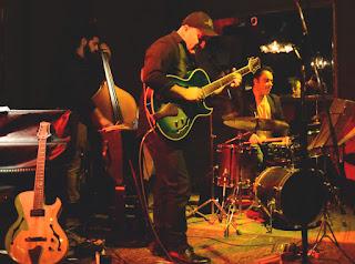 El guitarrista Juan Pablo Juárez reliza una gira por Tierra del Fuego - Argentina / stereojazz