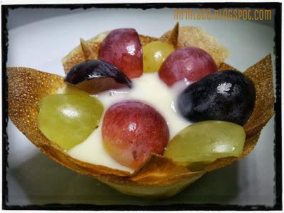 tartaletas de crema pastelera y fruta
