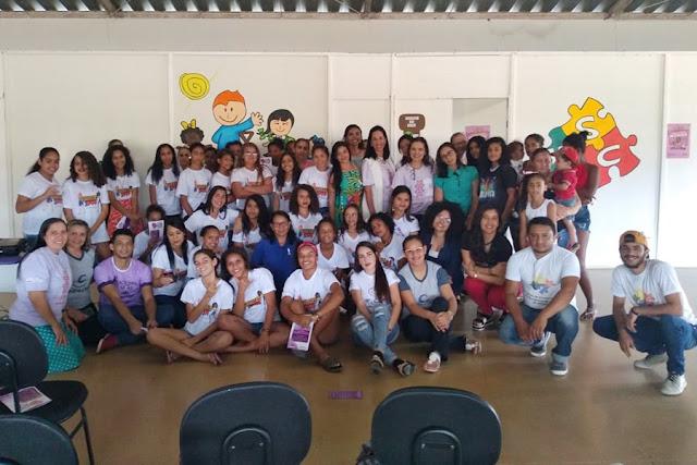 Em Piranhas, Coordenadoria da Mulher participa de evento voltado para adolescentes