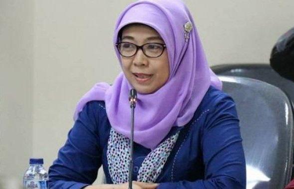 Rumah Dosen - Komisioner Komisi Perlindungan Anak Indonesia (KPAI) Sitti Hikmawatty